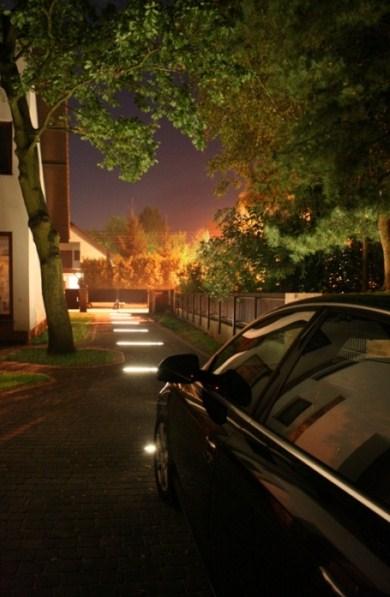 Podświetlenie podjazdu - profil LED